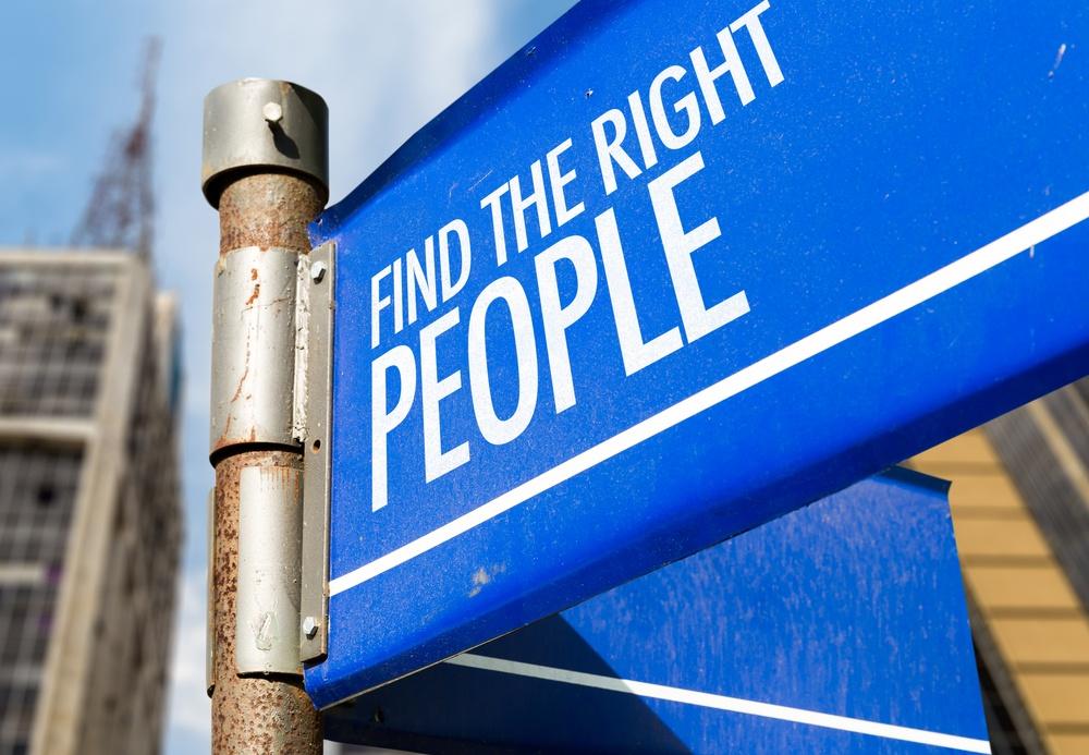 Hiring a Marketing Agency Versus Hiring a Marketing Employee